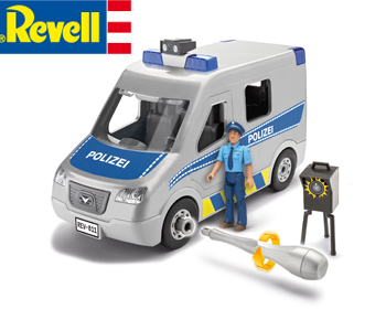 Revell Junior Police Van - 00811