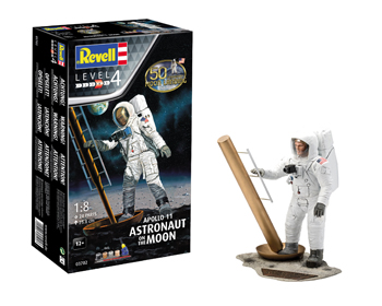 Apollo 11 Astronaut on the Moon 1:8 Gjafasett - 03702